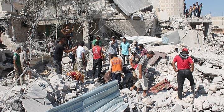 Esed Rejimi Halep'e Saldırdı: 24 Kişi Hayatını Kaybetti!