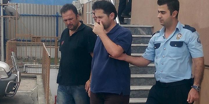Açığa Alınan Doçent Yunanistan'a Kaçmak İsterken Yakalandı
