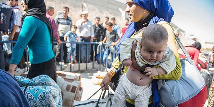 Bir Haftada Bin 700 Suriyeli Cerablus'a Geri Döndü