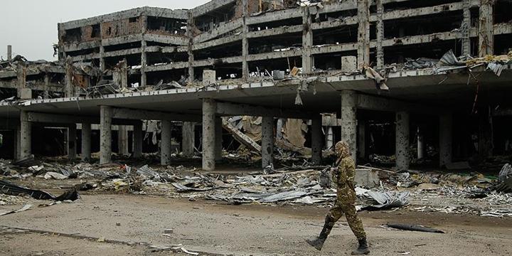 BM: Ukrayna'daki Çatışmalarda 9 Bin 758 Kişi Öldü