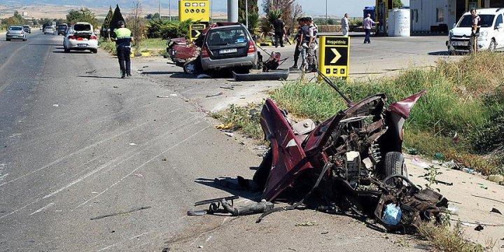 Bayramda Trafik Kazalarının Bilançosu: 44 Ölü, 288 Yaralı