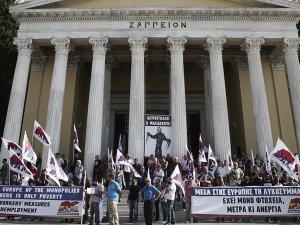 Yunanistan'da Kemer Sıkma Karşıtı Gösteri