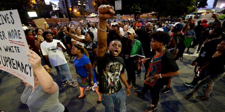 Protestoların Sürdüğü Charlotte'da OHAL İlanı