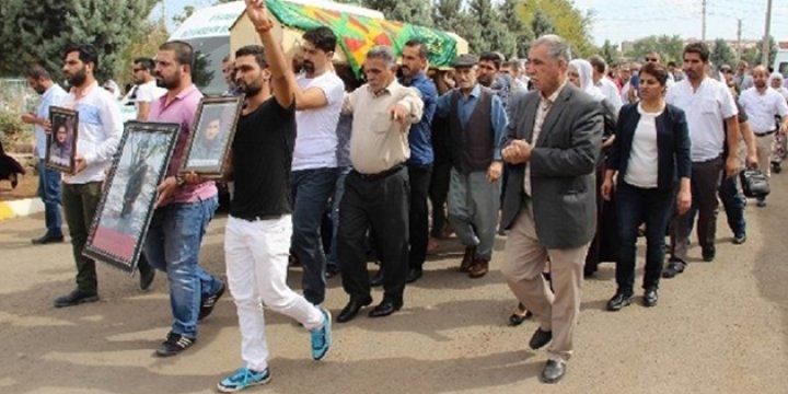 HDP'li Vekiller Öldürülen PKK'linin Cenazesine Katıldı