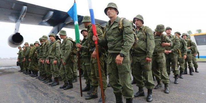 Rusya Hind Alt Kıtasında İkili Oynuyor