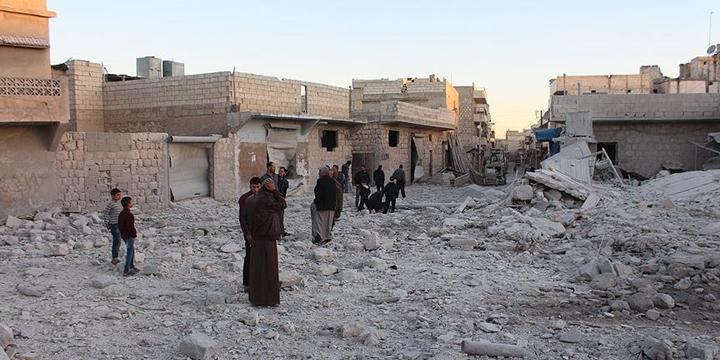 Rusya ve Esed Güçleri Halep'te 66 Kişiyi Daha Katletti!