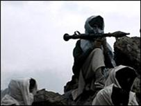 Taliban, Parun Bölgesini Kuşattı