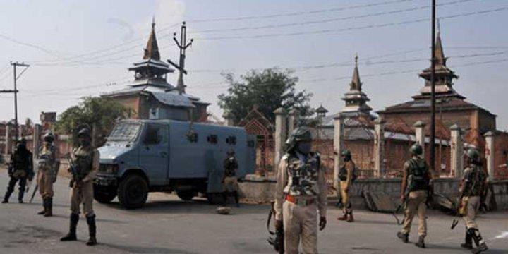 Hint Güçleri Keşmir'de Üç Müslümanı Şehit Etti