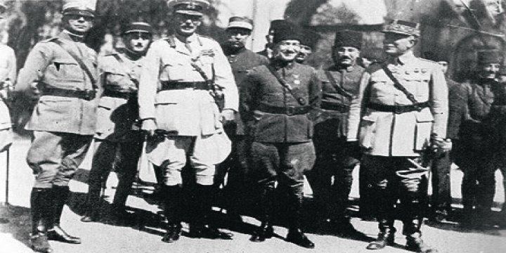İngilizler İstanbul'u Tek Kurşun Atmadan Nasıl Terk Etti?
