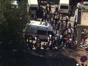 Hakkari Valiliği: Şemdinli'de 5 Sivil Hayatını Kaybetti