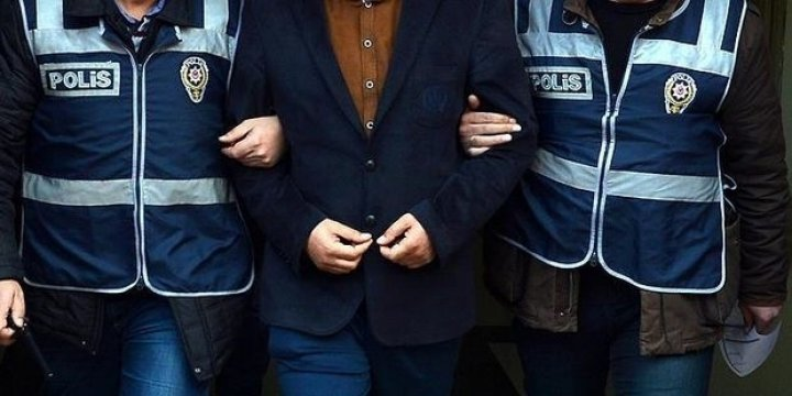 'FETÖ'den Gözaltına Alınan Astsubay İntihar Etti!
