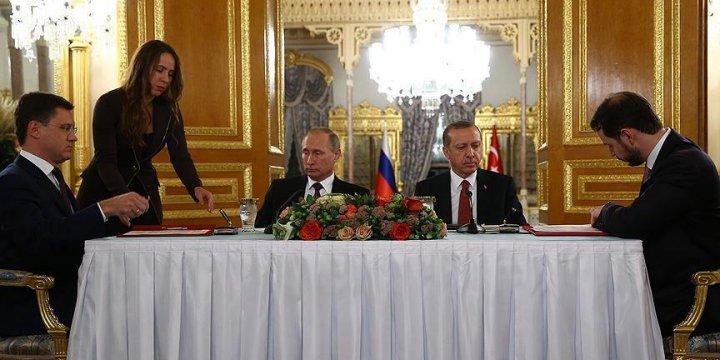 Türkiye İle Rusya Arasında Türk Akımı Projesi İçin Anlaşma İmzalandı