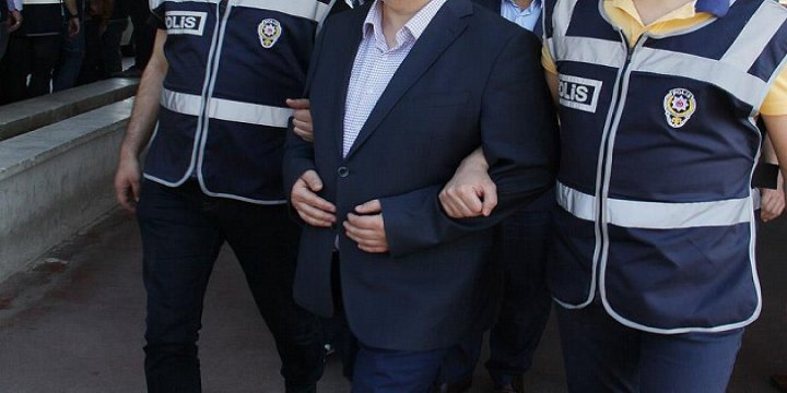 Uludağ Üniversitesi'nde 7 Akademisyen Gözaltına Alındı