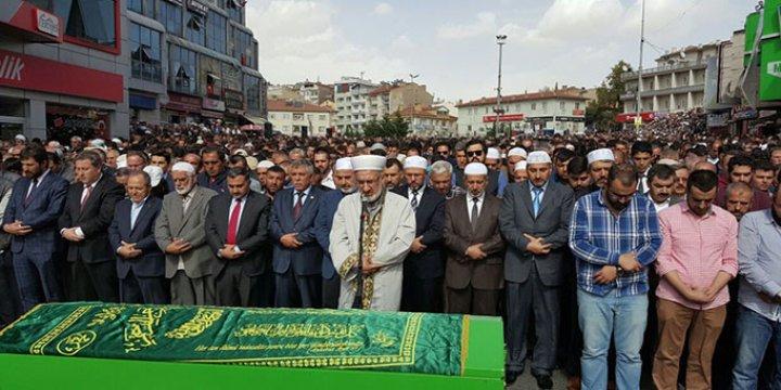 Mustafa İslamoğlu'nun Babası Son Yolculuğuna Uğurlandı