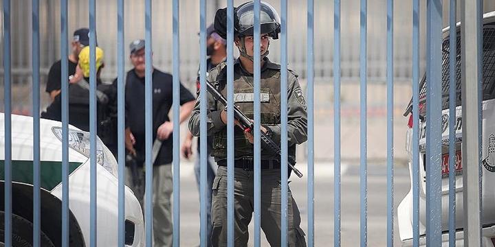 İşgalci İsrail Doğu Kudüs'te Filistinlilere Ait Bir Derneği Kapattı!