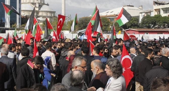 Mavi Marmara Davası Yalnız Bırakılmadı