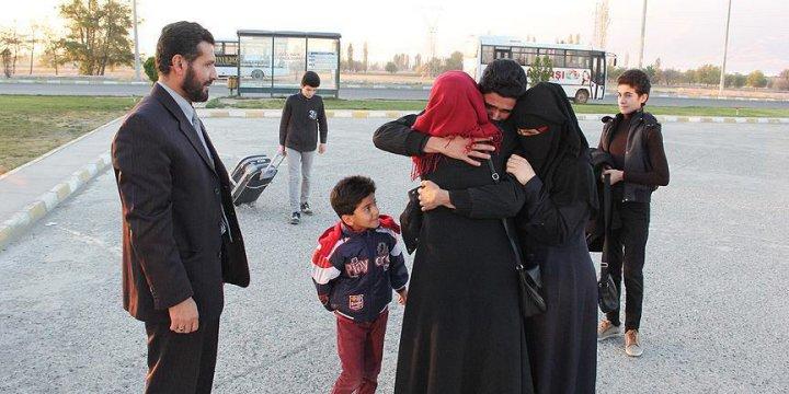 Esed Rejiminin Parçaladığı Aile Yeniden Bir Arada