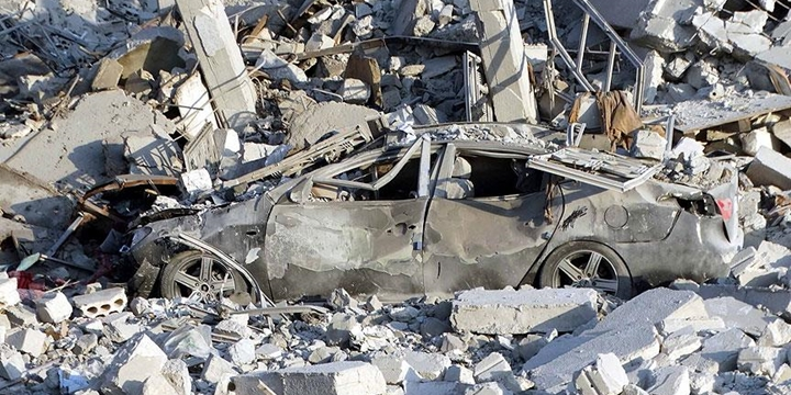 Rusya, İdlib'e Saldırdı: 8 Sivil Hayatını Kaybetti!