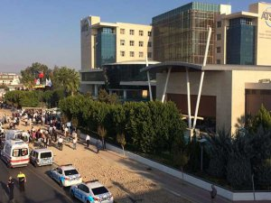 Antalya Ticaret Odası'nda Patlama: 10 Yaralı