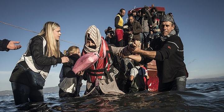 Avustralya'dan Mültecilere Ömür Boyu Vize Yasağı!