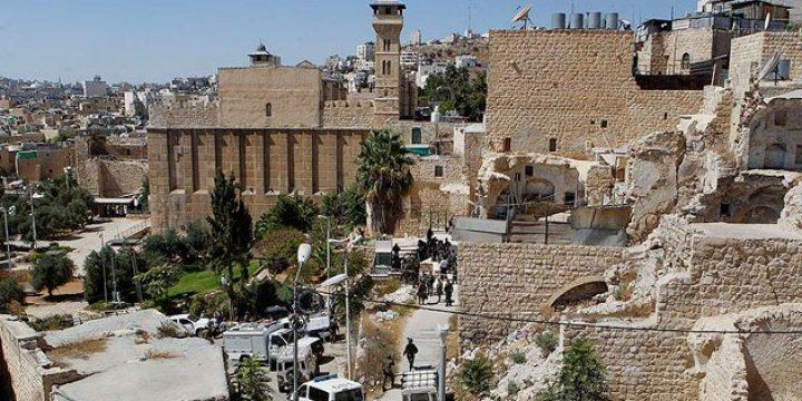Siyonist Çete El-Halil'de 1 Ayda 86 Kez Ezanı Engelledi