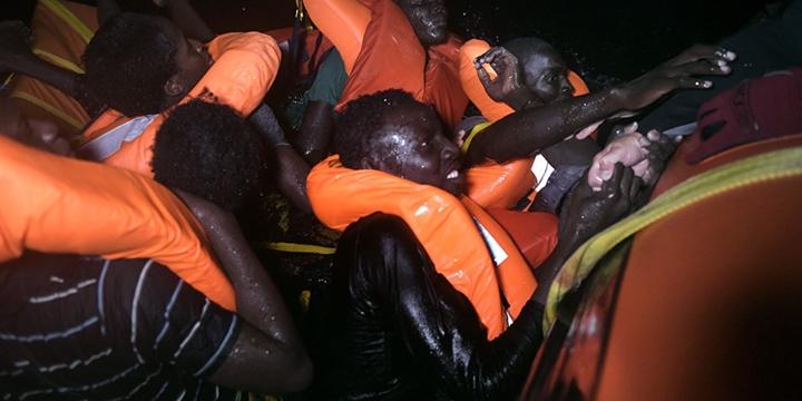"""""""Libya Açıklarında 239 Mülteci Hayatını Kaybetti"""""""