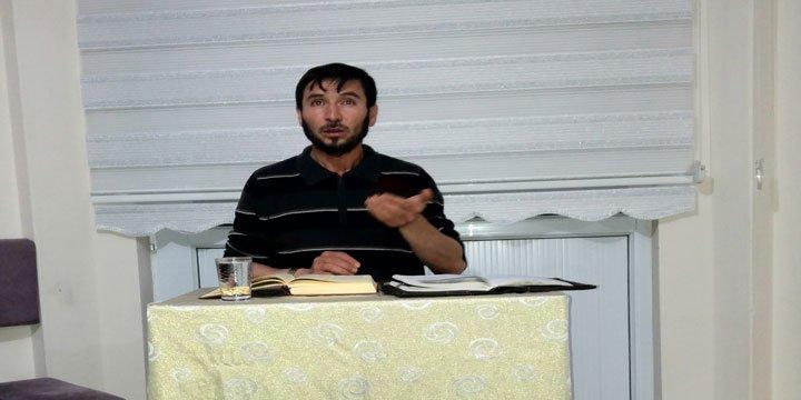 "Sivas Özgür-Der'de ""Allah'a Güvenme/Tevekkül"" Konusu İşlendi"