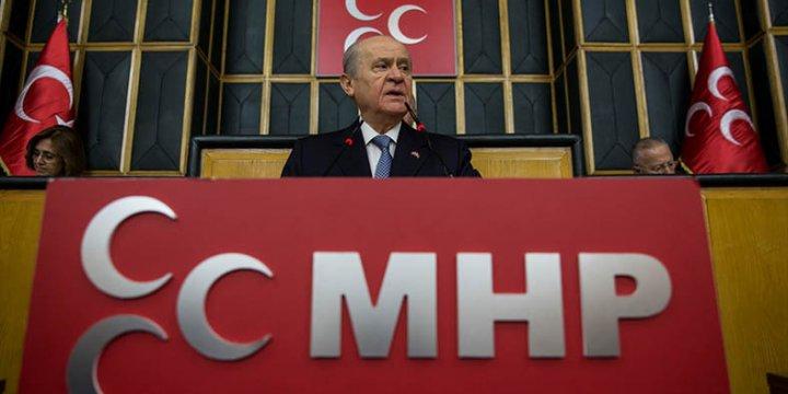 AK Parti Başkanlık Teklifini MHP'ye Sundu