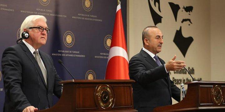 Mevlüt Çavuşoğlu, Almanya Dışişleri Bakanı Steinmeier ile Görüştü