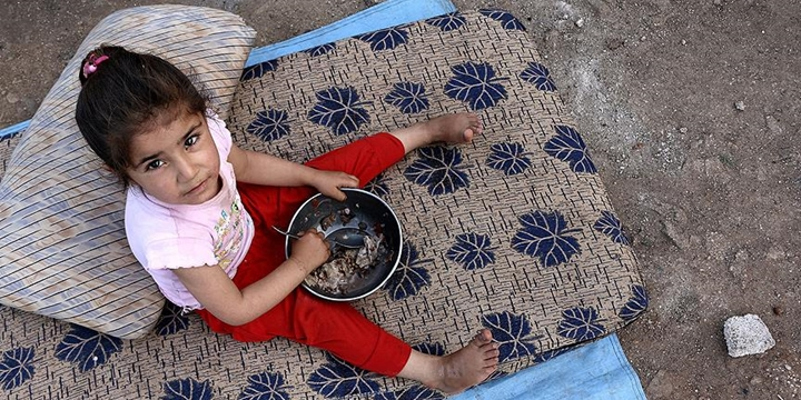 Suriye'de Yüz Binlerce Kişi Ekmek Bulamıyor!