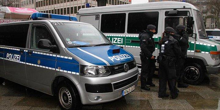 Türkiye'deki TMK'yı Eleştiren Almanya Daha Sert Bir TMK Çıkarıyor