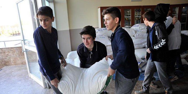 Lise Öğrencilerinden Halep'e 5 Ton Un
