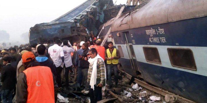 Hindistan'daki Tren Kazasında Ölü Sayısı 145'e Yükseldi