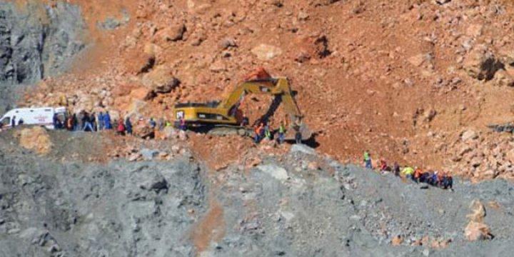 Siirt'teki Maden Faciasında Bir Cenazeye Daha Ulaşıldı