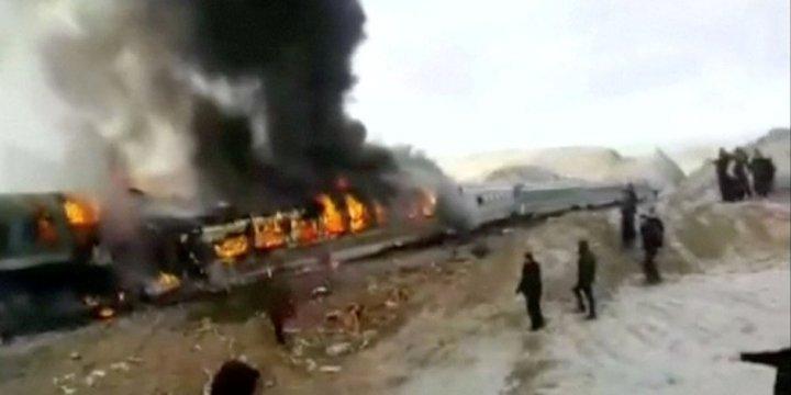 İran'da Tren Kazası: 44 Ölü