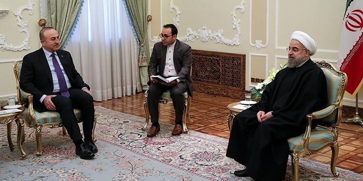 Dışişleri Bakanı Çavuşoğlu, İran Cumhurbaşkanı Ruhani ile Görüştü!