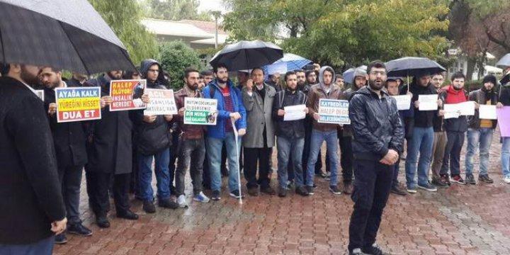 Halep'teki Katliamlar Çukurova Üniversitesinde Protesto Edildi