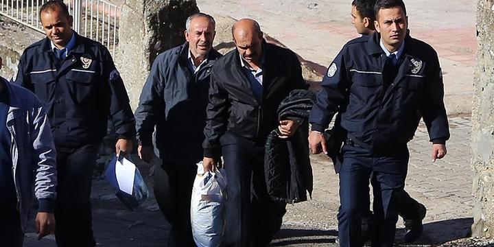 Aladağ'daki Yangınla İlgili 4 Kişi Tutuklandı