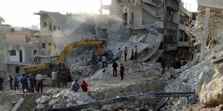 Esed Rejimi İdlib'de Sivillere Saldırdı