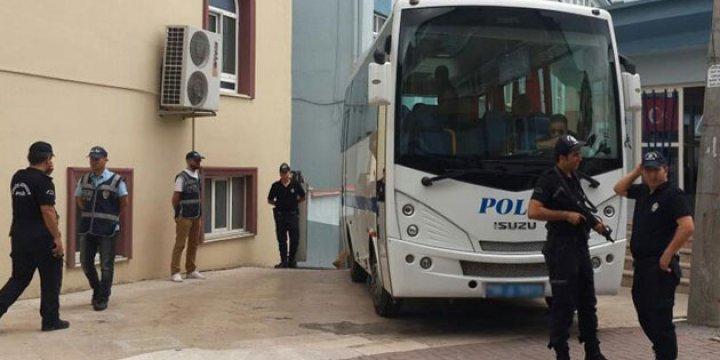 Diyarbakır'da İki Belediyeye Kayyum Atandı
