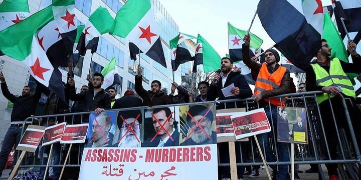 Halep'teki Katliamlar Brüksel'de Protesto Edildi