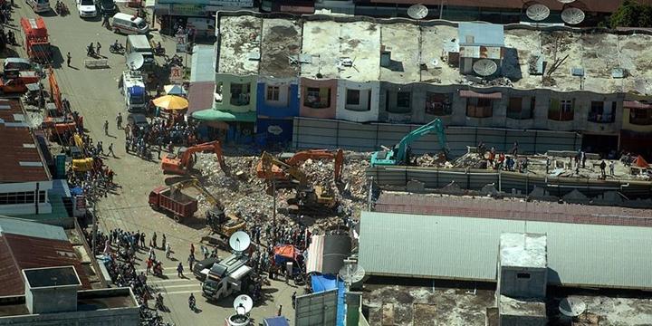 Açe'deki Deprem: 43 Bin Kişi Evsiz Kaldı