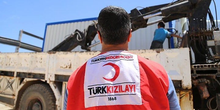Türk Kızılayı: Bin Kişi İdlib'e Geldi