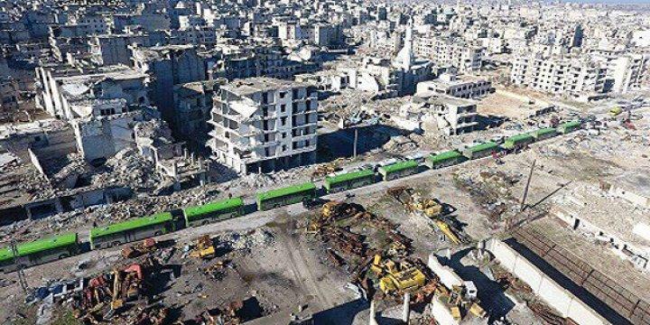 Halep'te İlk Tahliye Konvoyu 200 Yaralı ile Muhaliflerin Kontrolündeki Bölgeye Ulaştı