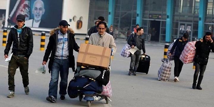 Almanya 34 Afganistanlıyı Sınır Dışı Etti!