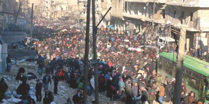 Kuşatma Altındaki Halep'te 7500 Kişi Kurtuldu, 75 Bin Kişi Bekliyor