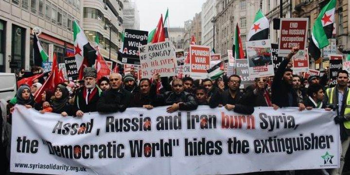 Londra'da Binlerce Kişi Halep'le Dayanışma İçin Yürüdü!