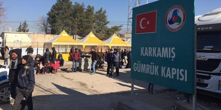 100 Suriyeli Daha Cerablus'a Geri Döndü