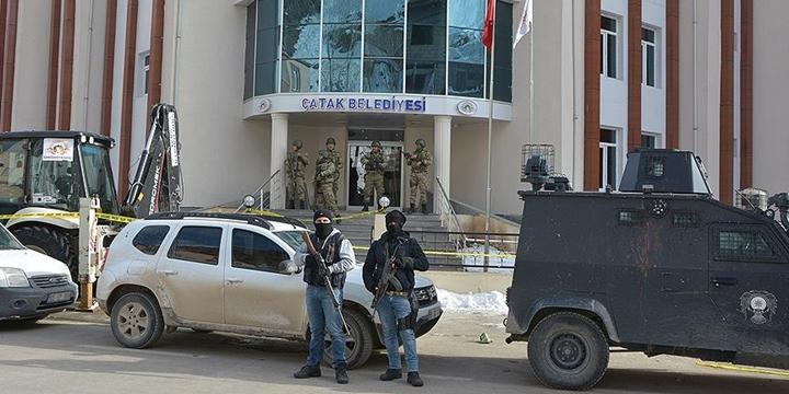 DBP'li Belediye Başkanı Celalettin Bartu Gözaltına Alındı