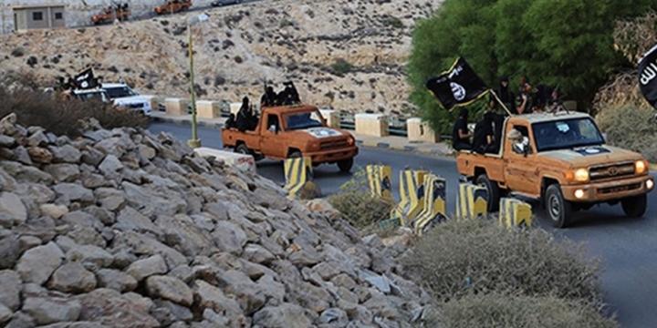 IŞİD Bingazi'den Çekildi